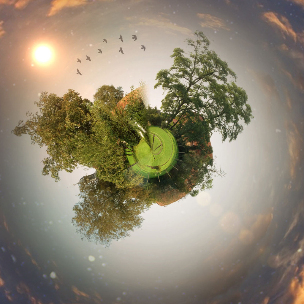 little-planet-circular-test