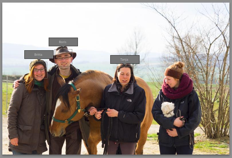 Gruppenfoto mit 3 Personen, laut Lightroom 6
