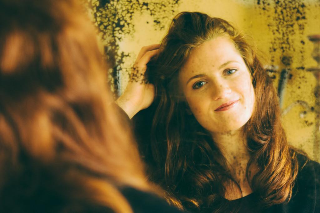 Lisa im Spiegel