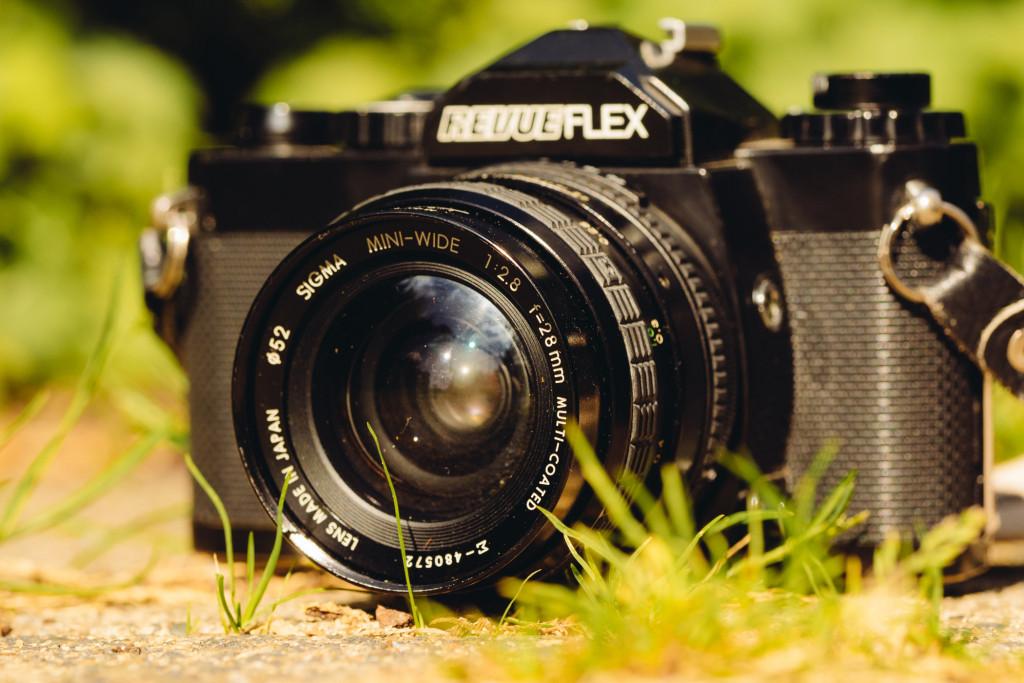 Eine RevueFlex AC2. Vermutlich Anfang der 1980er Jahre erworben. Eine tolle Kamera mit Belichtungsmesser