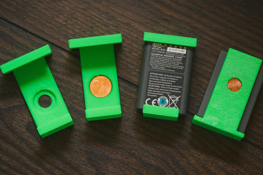 Akku-Schutzkappen für die Akkus der Olympus OM-D E-M1
