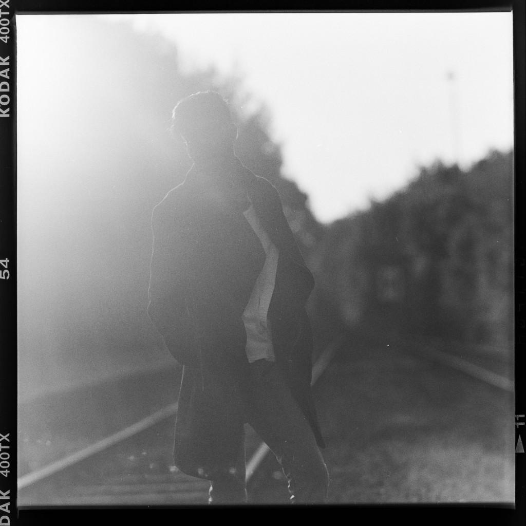 Silhouette – Aufgenommen auf Kodak Tri-X 400 mit Primar Reflex II und Tessar 16,5 cm