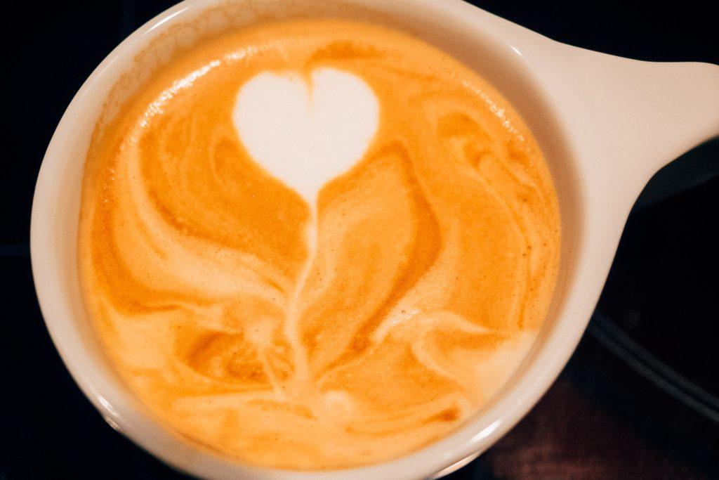 Mein allererstes Latte Art. Stolz wie Bolle