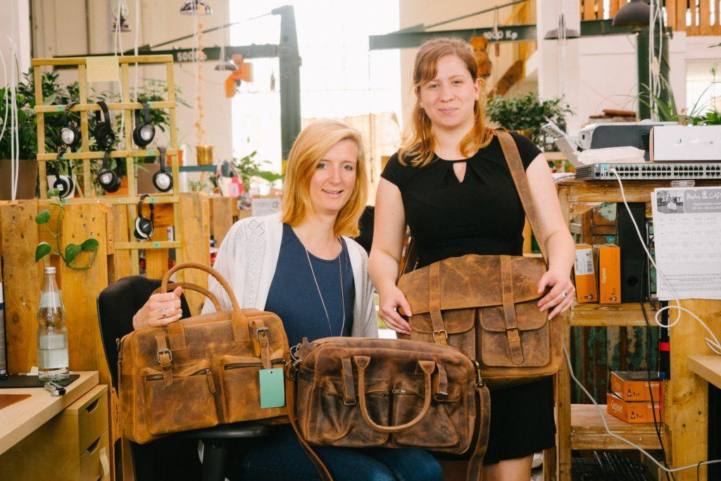 Romy und Juliane von Gusti-Leder