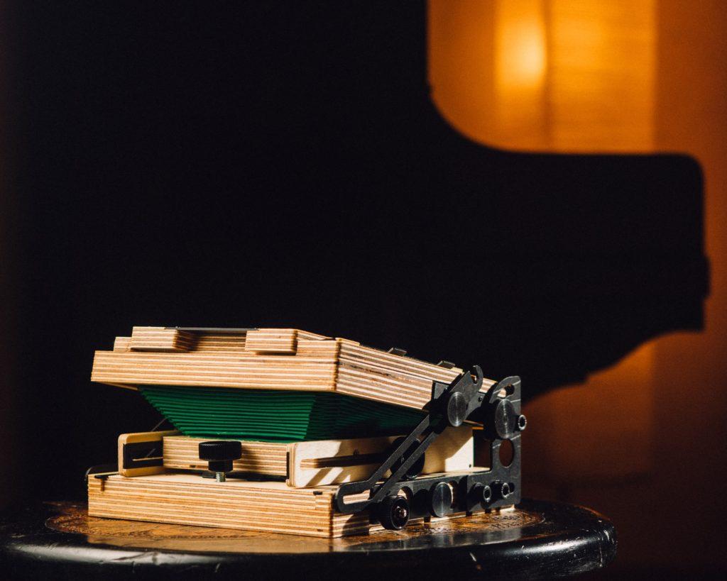 Intrepid 4×5 – Zum Zusammenlegen und Aufbauen sind ein paar Handgriffe erforderlich